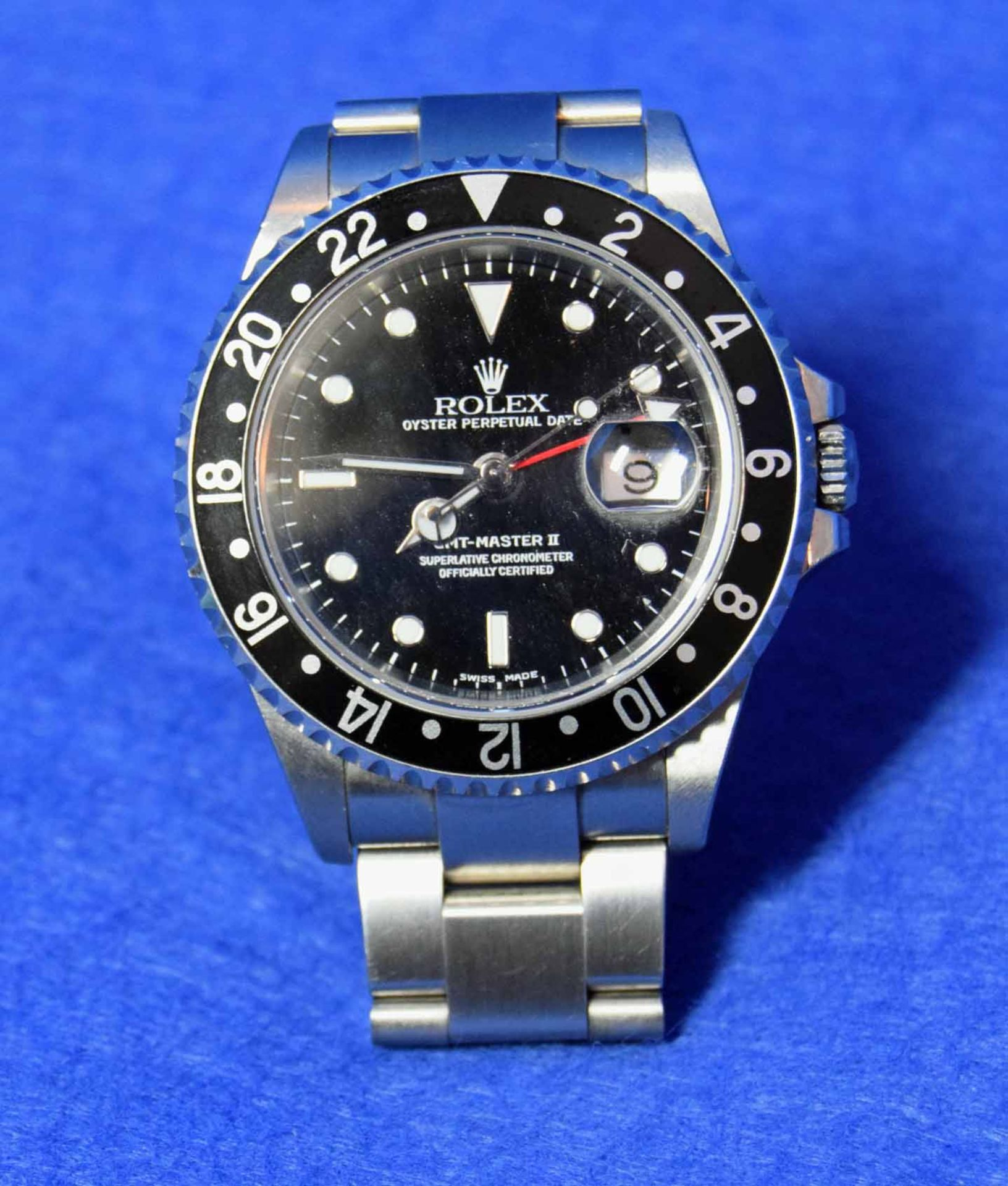 A ROLEX GMT-Master II Watch in a 40mm dia. Oyster Steel Case, with a Black Dial surrounded by a - Image 2 of 7