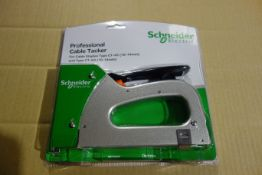 5 X Schneider IMT7000 Professional Cable Tackers They Take Type CT-45 10-14MM + Type CT 60 10-14MM