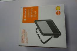 4 X LEDVANCE AC205090055 70W LED Floodlights 3000K 7300 Lumen IP65 Black Aluminium Housing