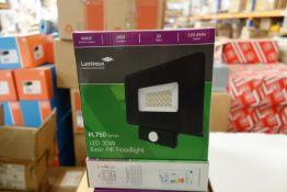 10 x LUMINEUX 401335-BL 30w LED Basic PIR Floodlights FL750 Series 4000K 2850 Lumens