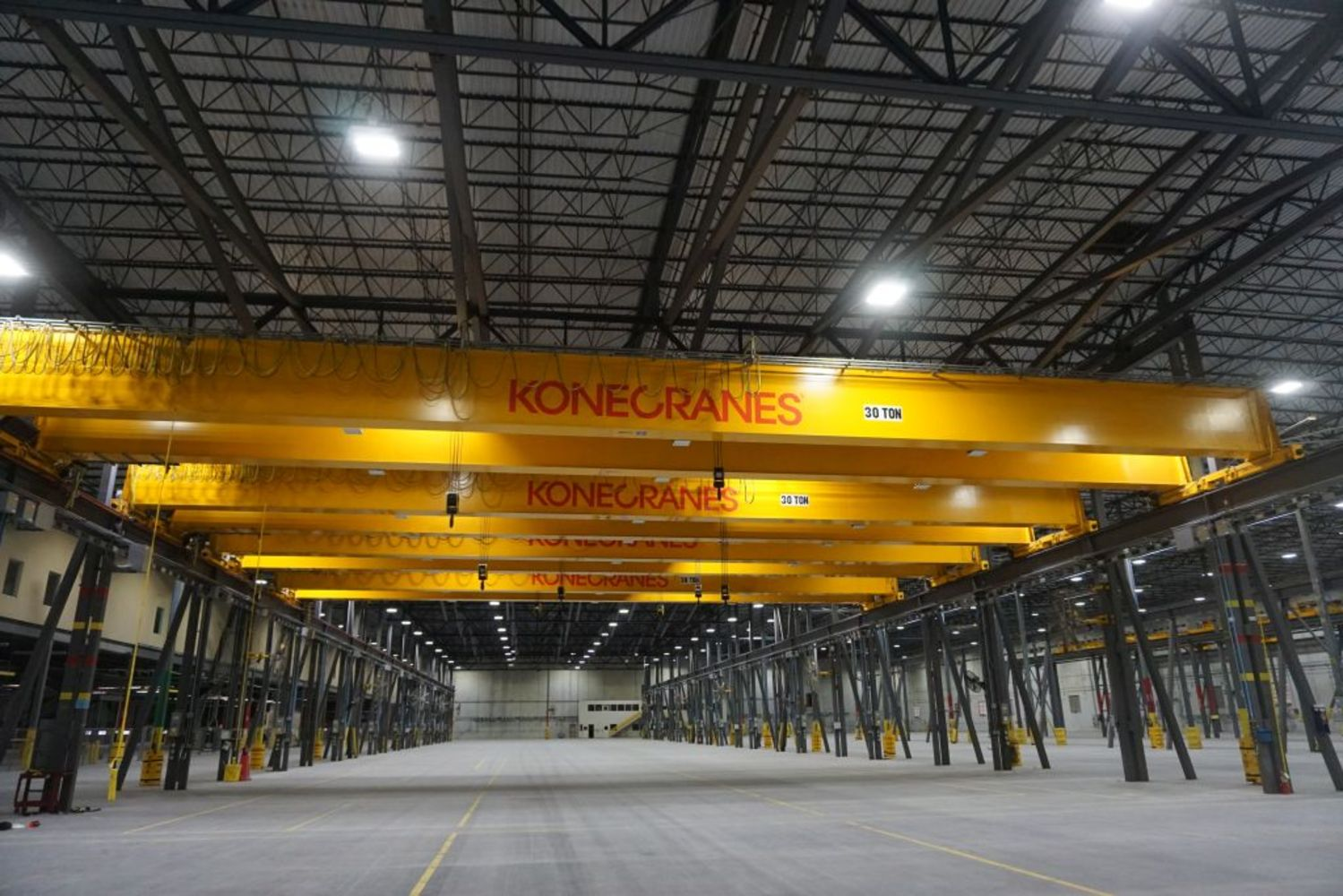 30, 20, and 10-Ton Overhead Bridge Cranes