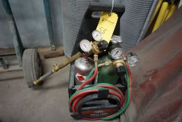 Lincoln Port-A-Torch Kit   Includes Oxygen and Acetylene Tanks