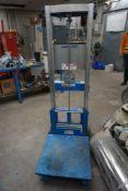 Genie 400 lb Platform Lift