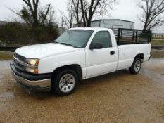 2005 Chevrolet Silverado 1500 Pickup Truck | VIN# 1GCEC14X15Z311949; 4.3L, 6 Cylinder; Automatic