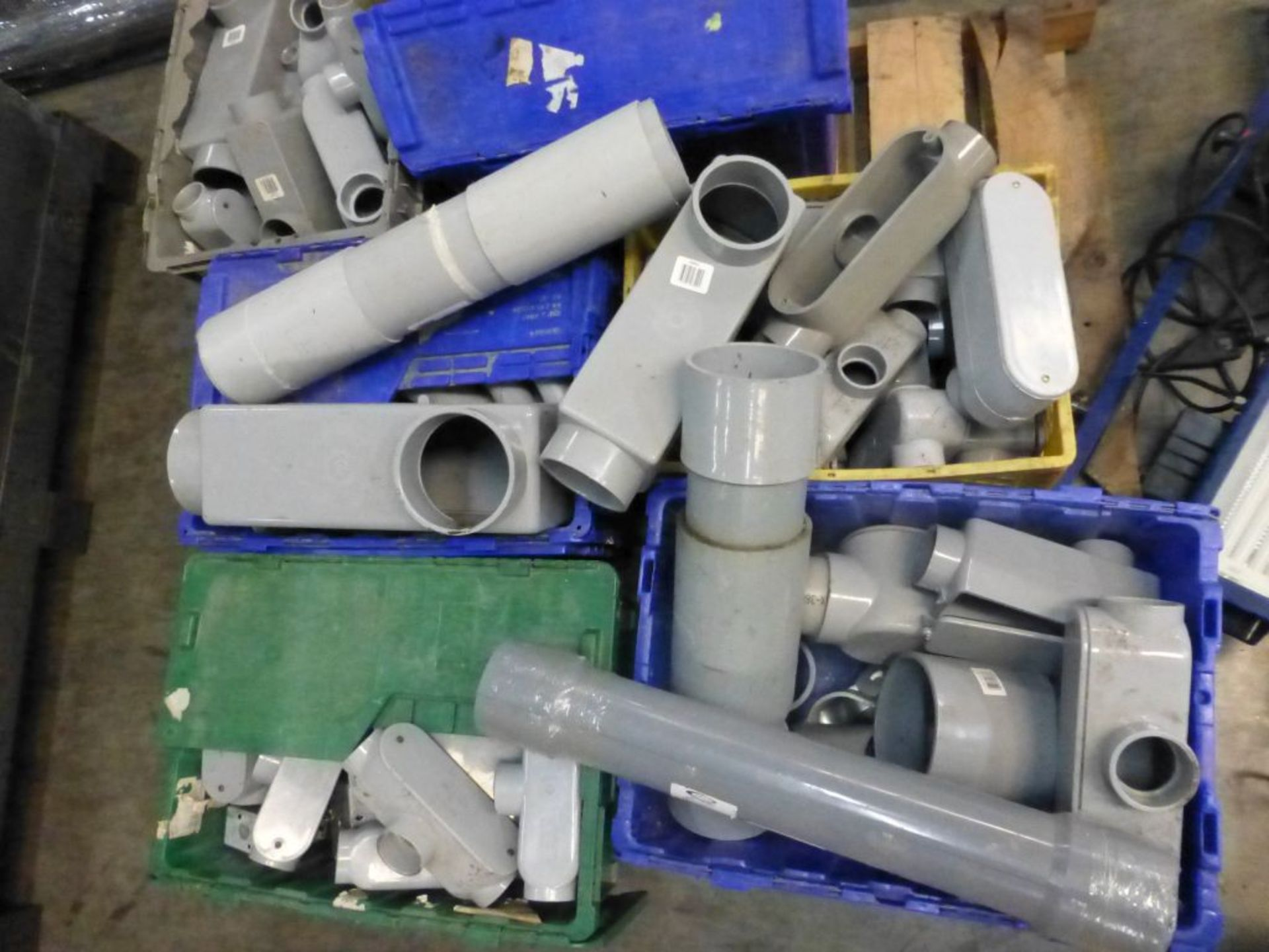 Lot of Assorted PVC Components | Brands Include:; Scepter; Carlum - Image 5 of 15
