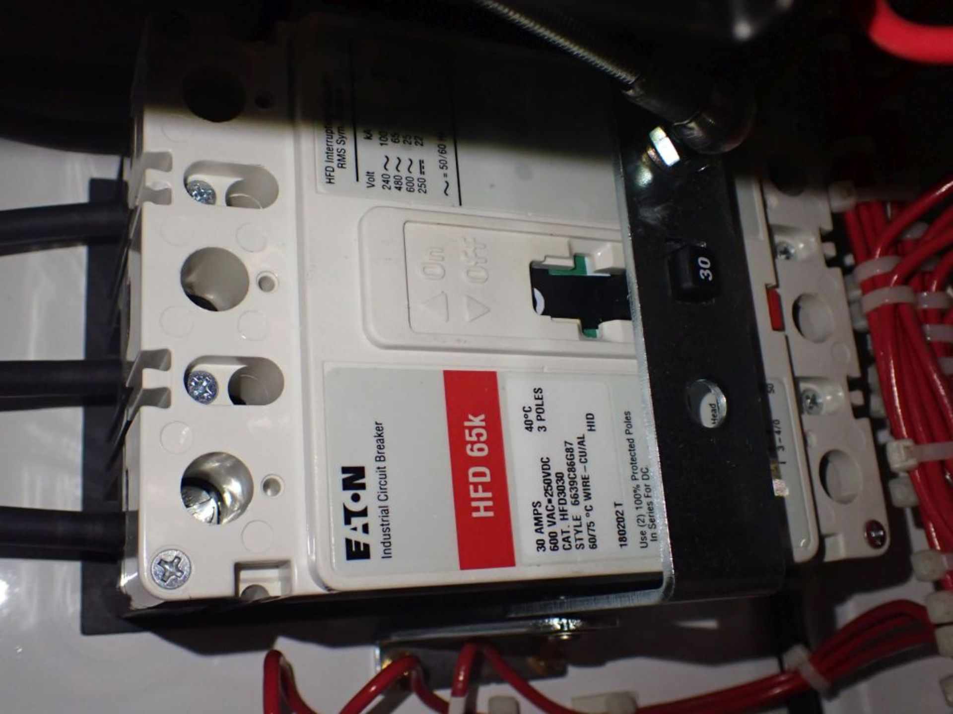 Eaton Freedom 2100 Series Motor Control Center | (2) F208-30A; (1) F208-40A; (1) FDRB-50A; (2) - Image 8 of 37