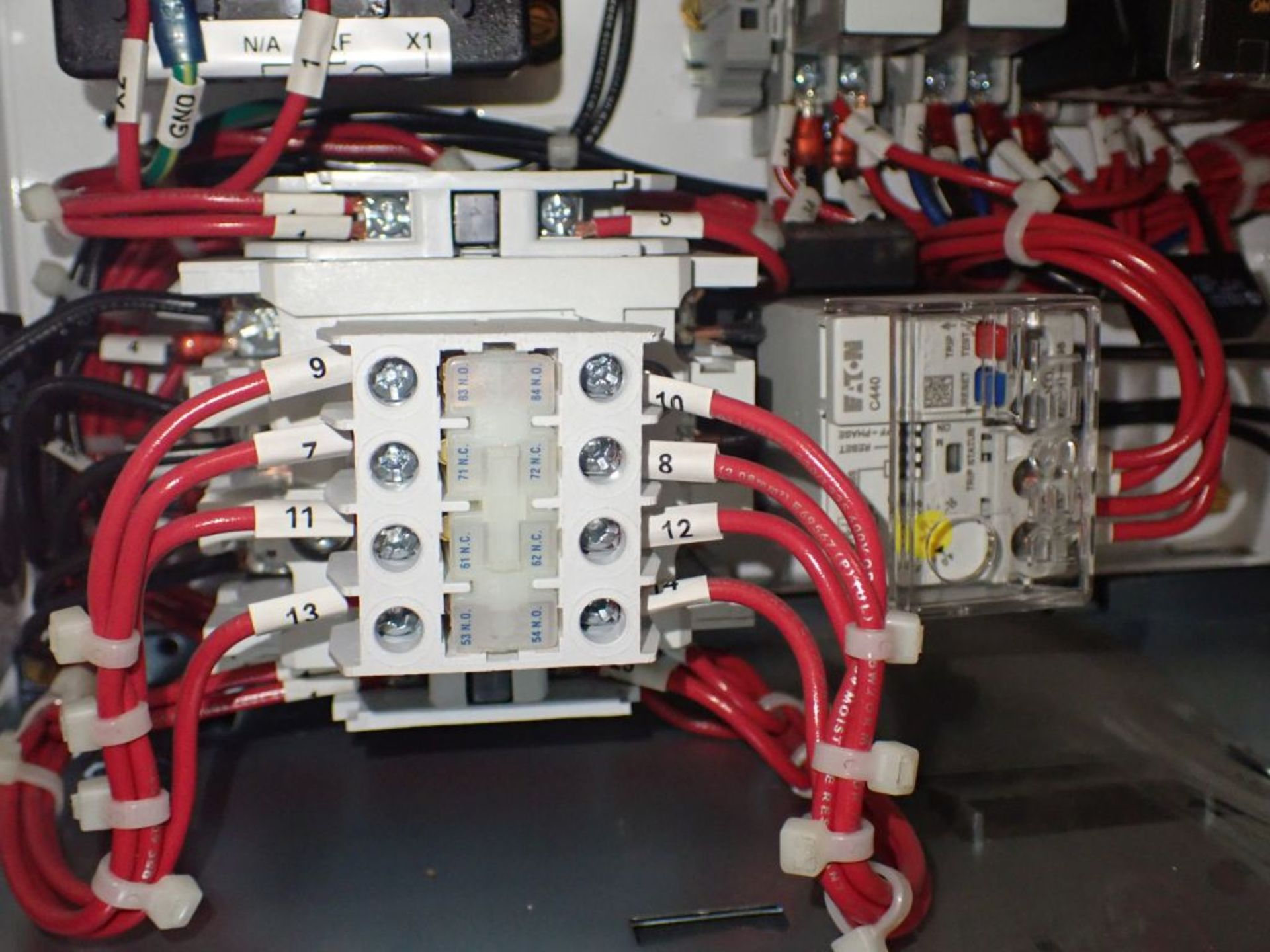 Eaton Freedom Flashgard Motor Control Center w/Components | (5) F206-15A-10HP; (4) F206-30A-10HP; ( - Image 11 of 84
