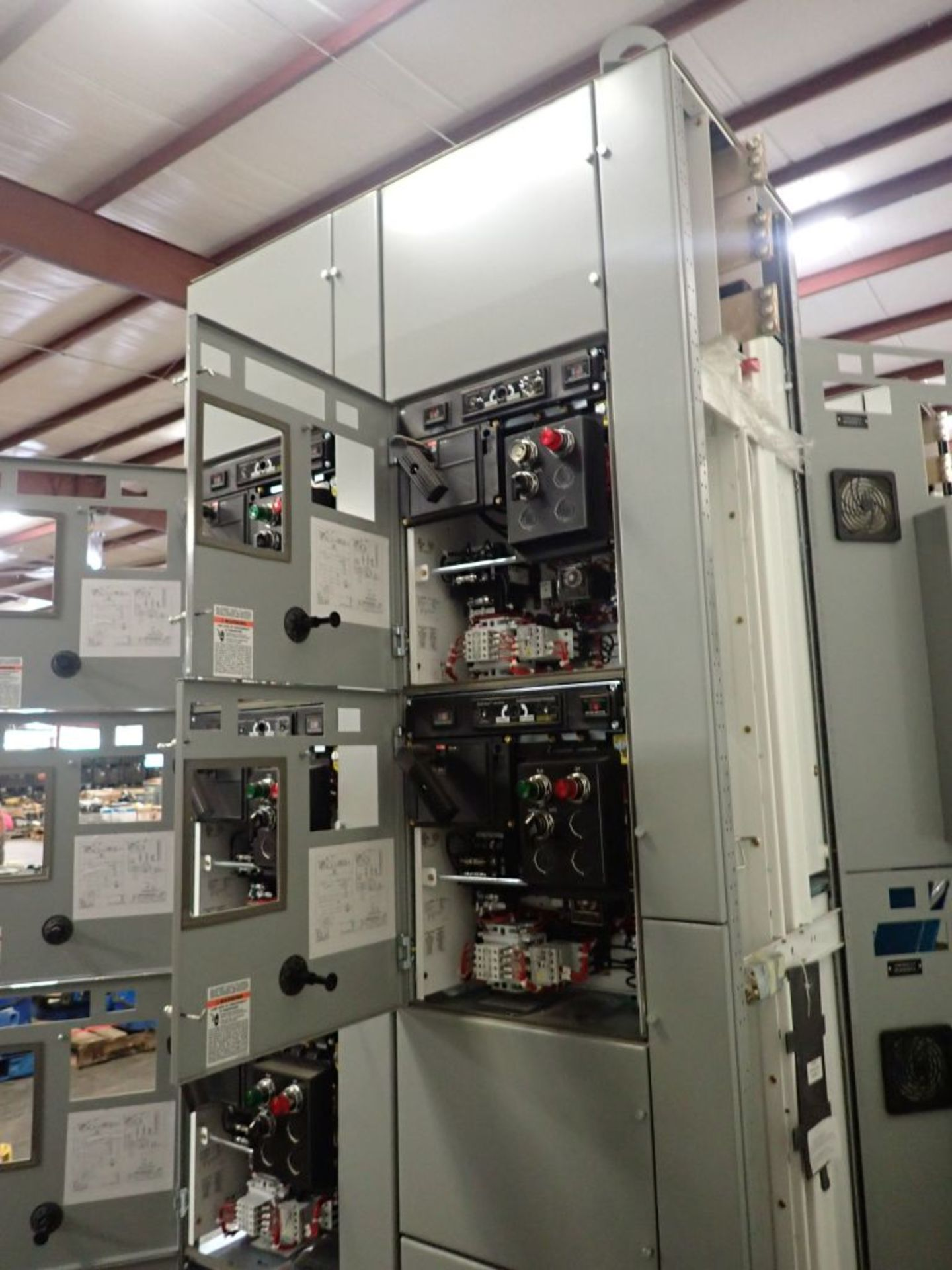 Eaton Freedom 2100 Series Motor Control Center | (2) F206-7A-10HP; (3) F206-15A-10HP; (1) FDRB-100A; - Image 43 of 87