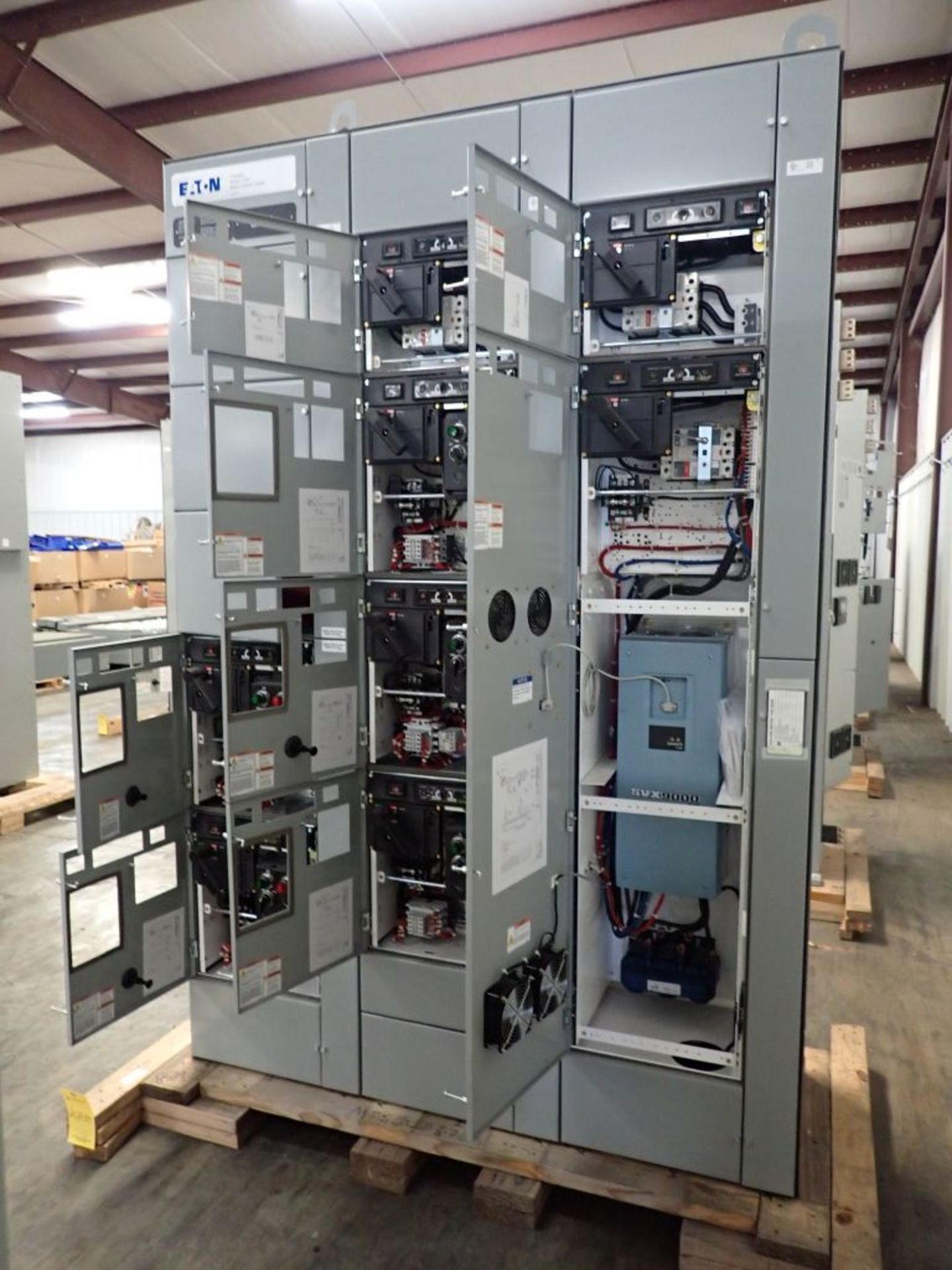 Eaton Freedom Series 2100 Motor Control Center   Never Installed; Includes:; (1) F206-30A; (1) - Image 22 of 64