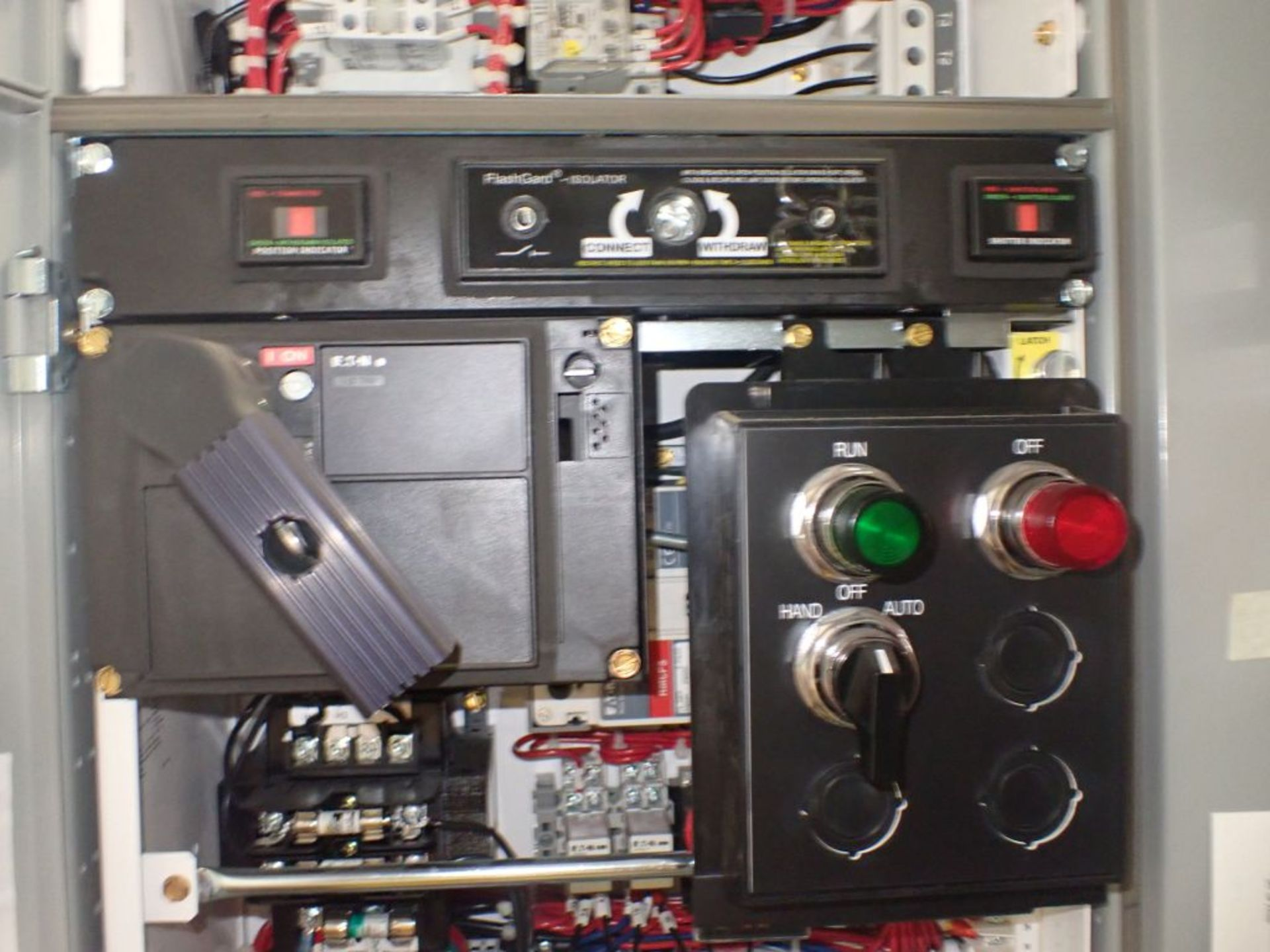Eaton Freedom Flashgard Motor Control Center w/Components | (5) F206-15A-10HP; (4) F206-30A-10HP; ( - Image 20 of 84
