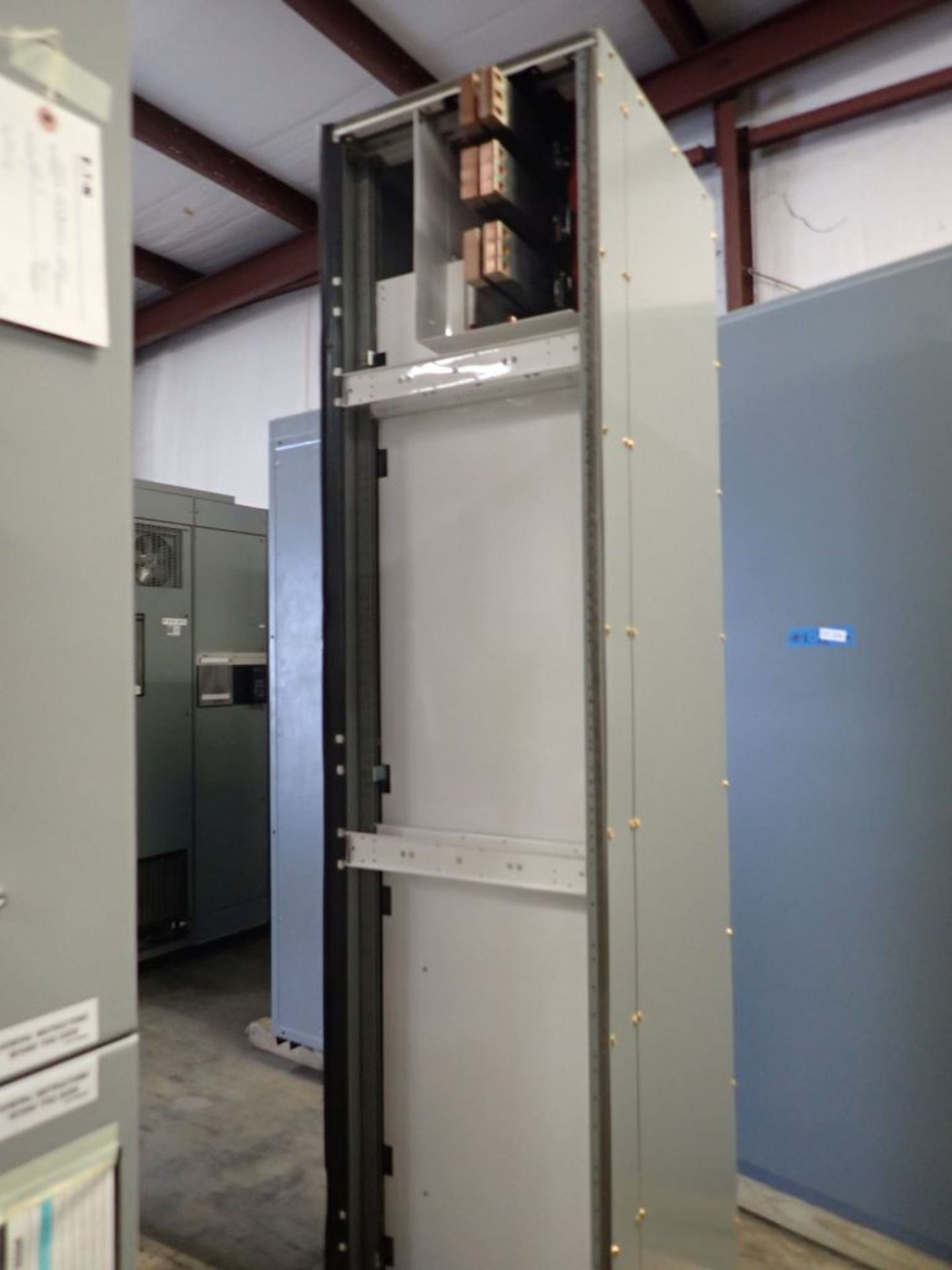 Eaton Freedom Flashgard Motor Control Center   Never Installed; Includes:; (1) RLYPNL - Image 6 of 16