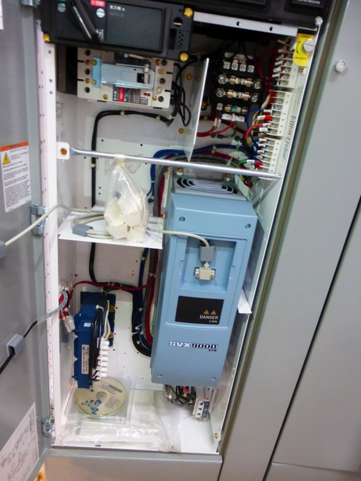 Eaton Freedom 2100 Series Motor Control Center   (4) SVX900-30A, with Eaton AF Drives, SVX9000, - Image 55 of 60
