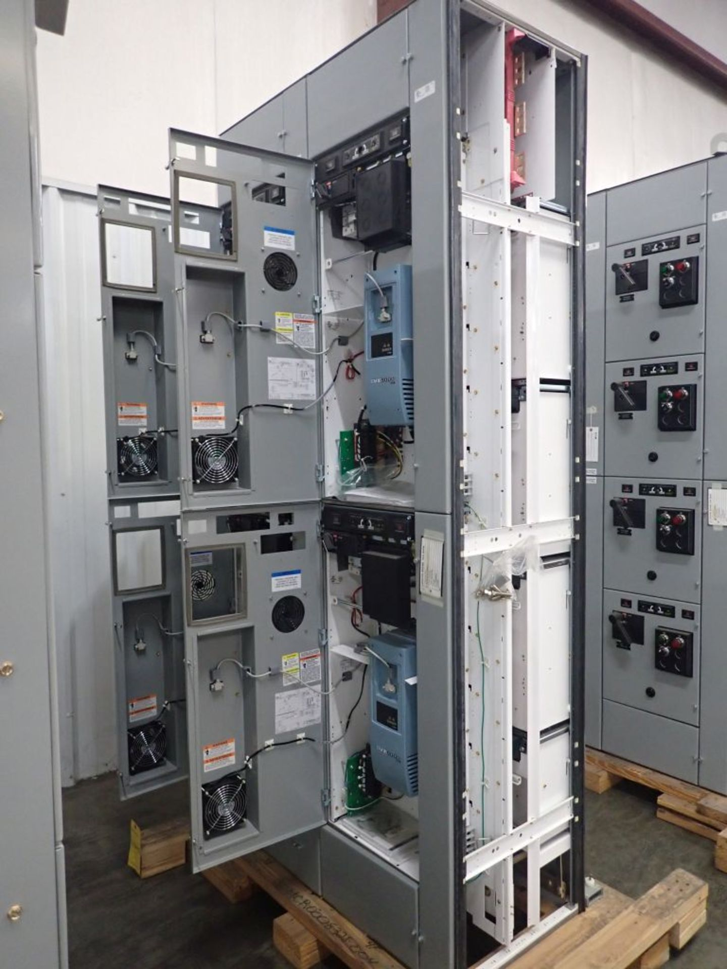 Eaton Freedom 2100 Series Motor Control Center | (2) F206-7A-10HP; (3) F206-15A-10HP; (1) FDRB-100A; - Image 7 of 87