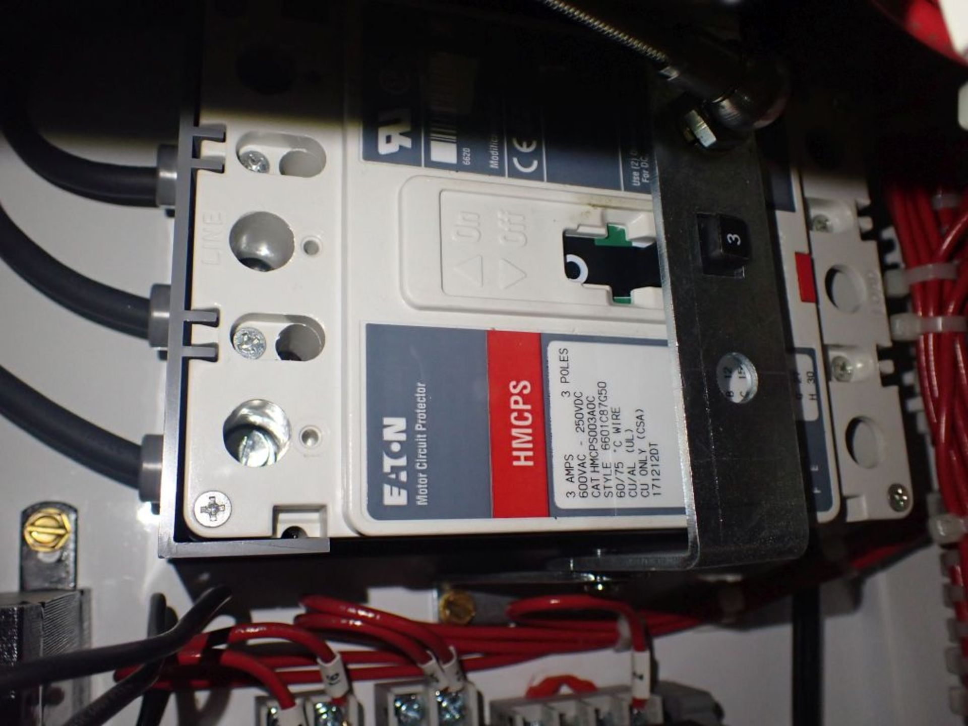 Eaton Freedom Flashgard Motor Control Center w/Components | (5) F206-15A-10HP; (4) F206-30A-10HP; ( - Image 73 of 84