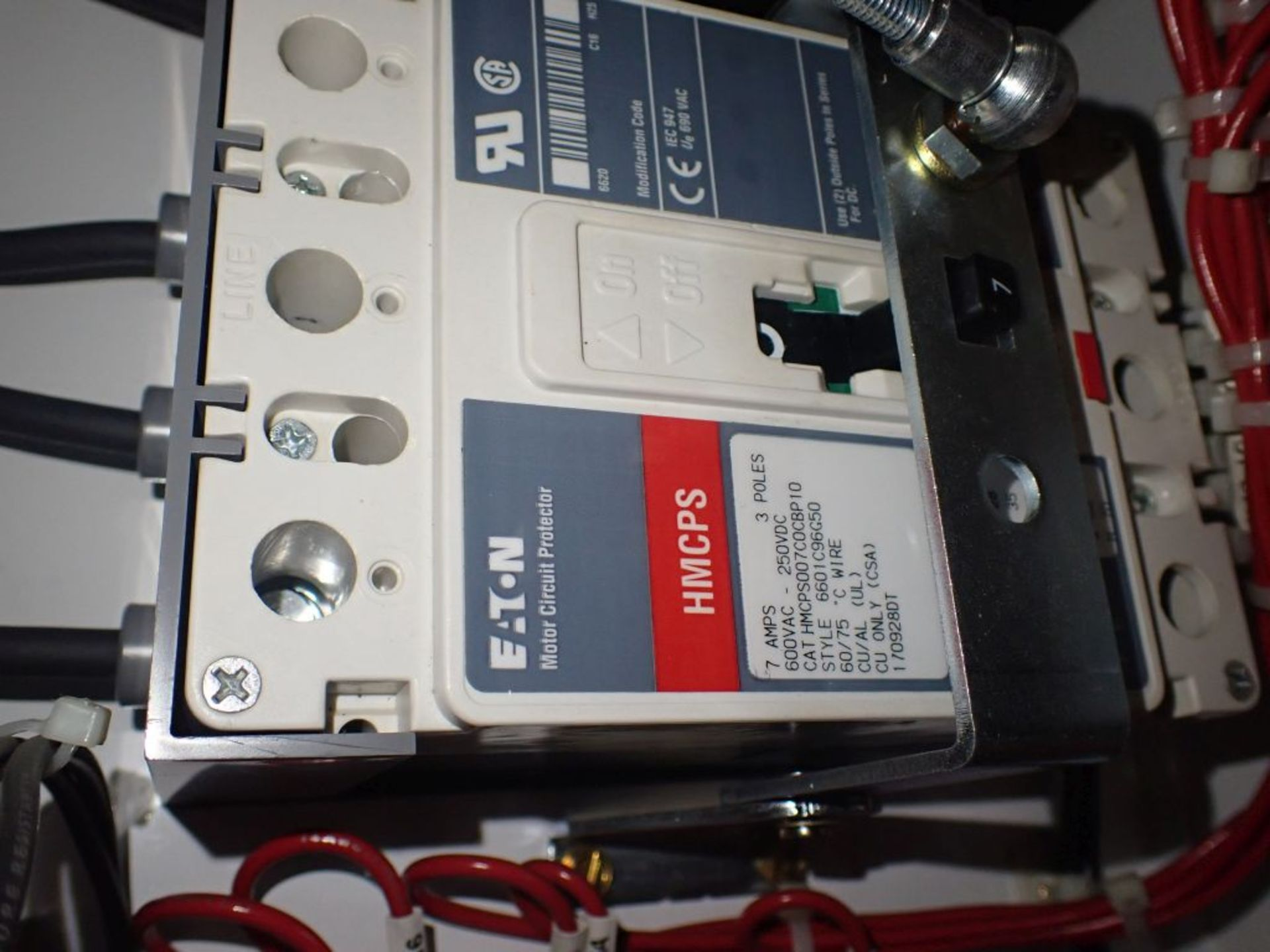 Eaton Freedom 2100 Series Motor Control Center | (2) F206-7A-10HP; (3) F206-15A-10HP; (1) FDRB-100A; - Image 54 of 87