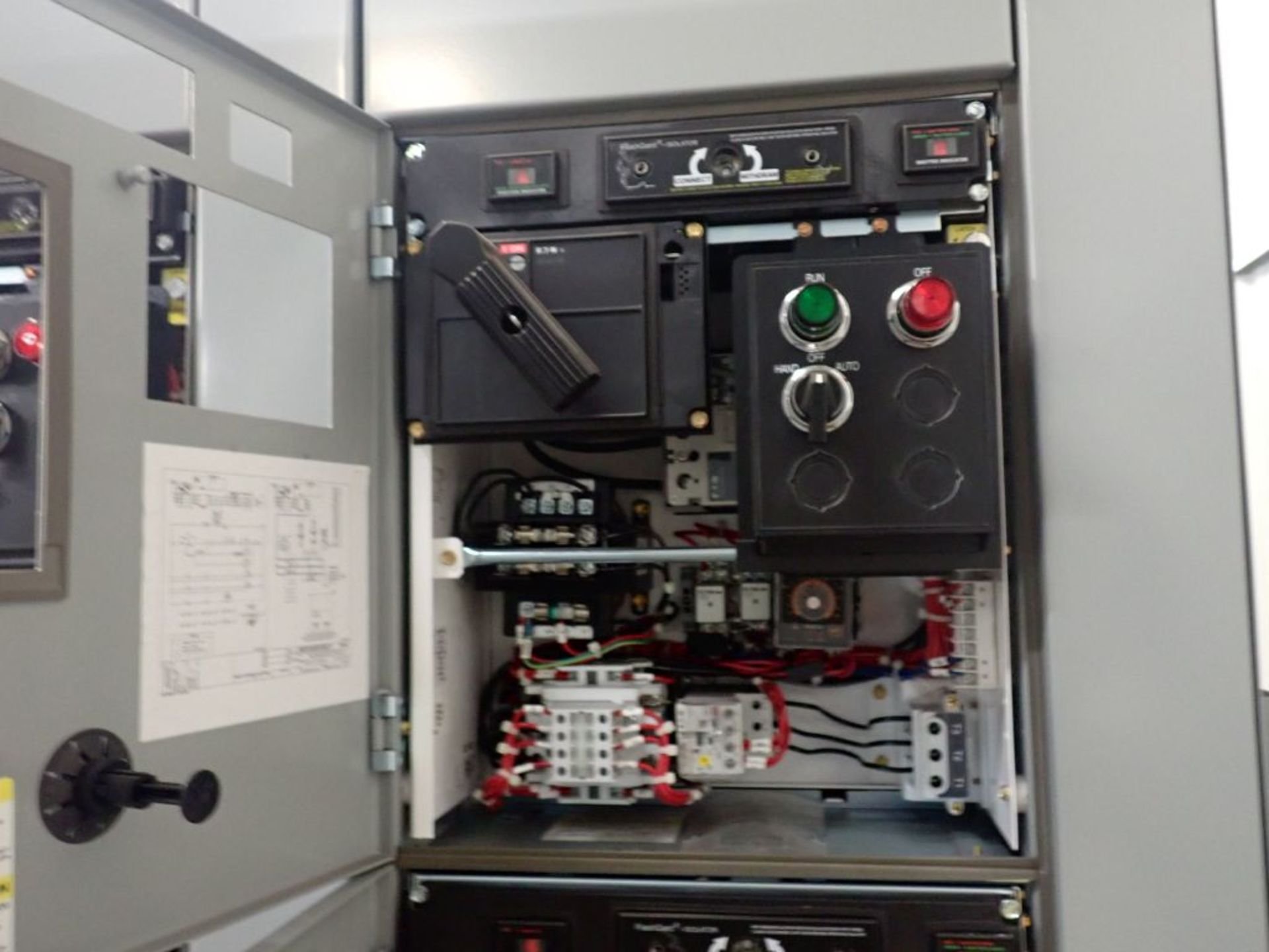Eaton Freedom Flashgard Motor Control Center w/Components | (5) F206-15A-10HP; (4) F206-30A-10HP; ( - Image 63 of 84