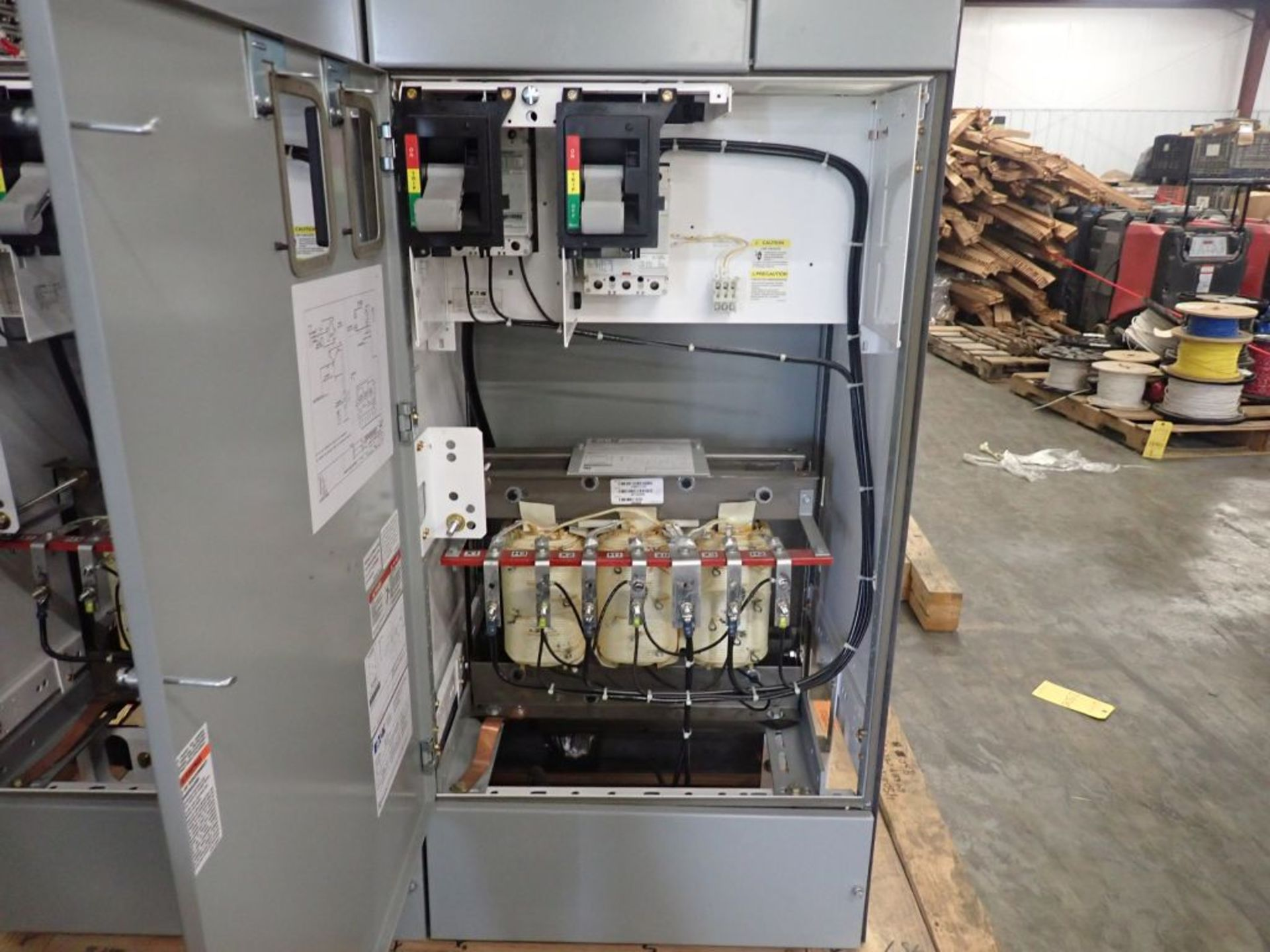 Eaton Freedom 2100 Series Motor Control Center | (2) F208-30A; (1) F208-40A; (1) FDRB-50A; (2) - Image 33 of 37