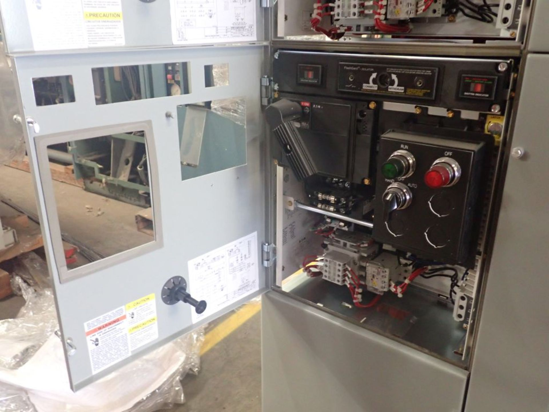 Eaton Freedom 2100 Series Motor Control Center   (2) F206-15A-10HP; (1) F206-30A-10HP; (1) FDRB- - Image 33 of 61