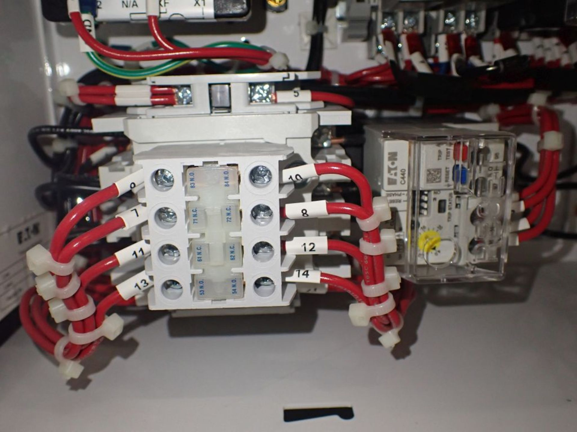 Eaton Freedom Flashgard Motor Control Center w/Components | (5) F206-15A-10HP; (4) F206-30A-10HP; ( - Image 41 of 84