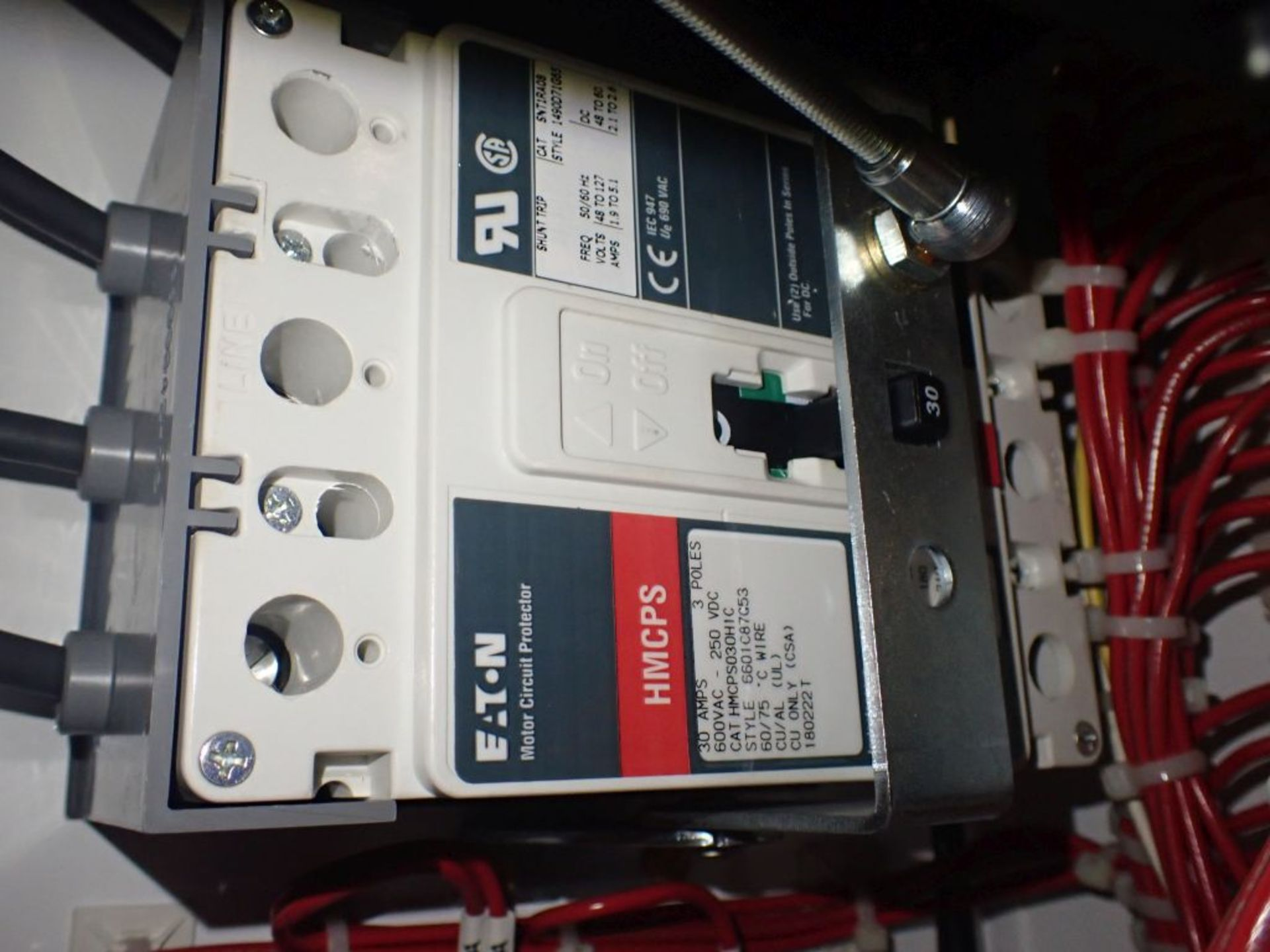 Eaton Freedom Flashgard Motor Control Center w/Components | (5) F206-15A-10HP; (4) F206-30A-10HP; ( - Image 37 of 84