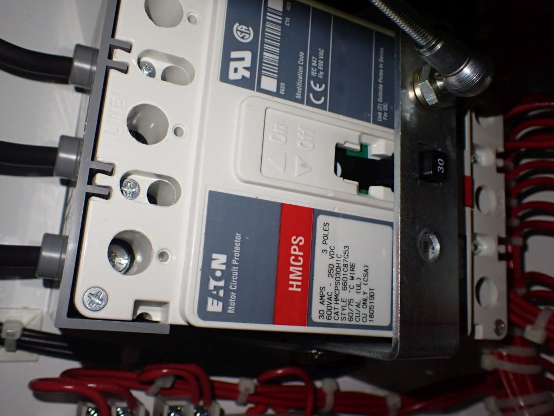 Eaton Freedom Series 2100 Motor Control Center   Never Installed; Includes:; (1) F206-30A; (1) - Image 25 of 64