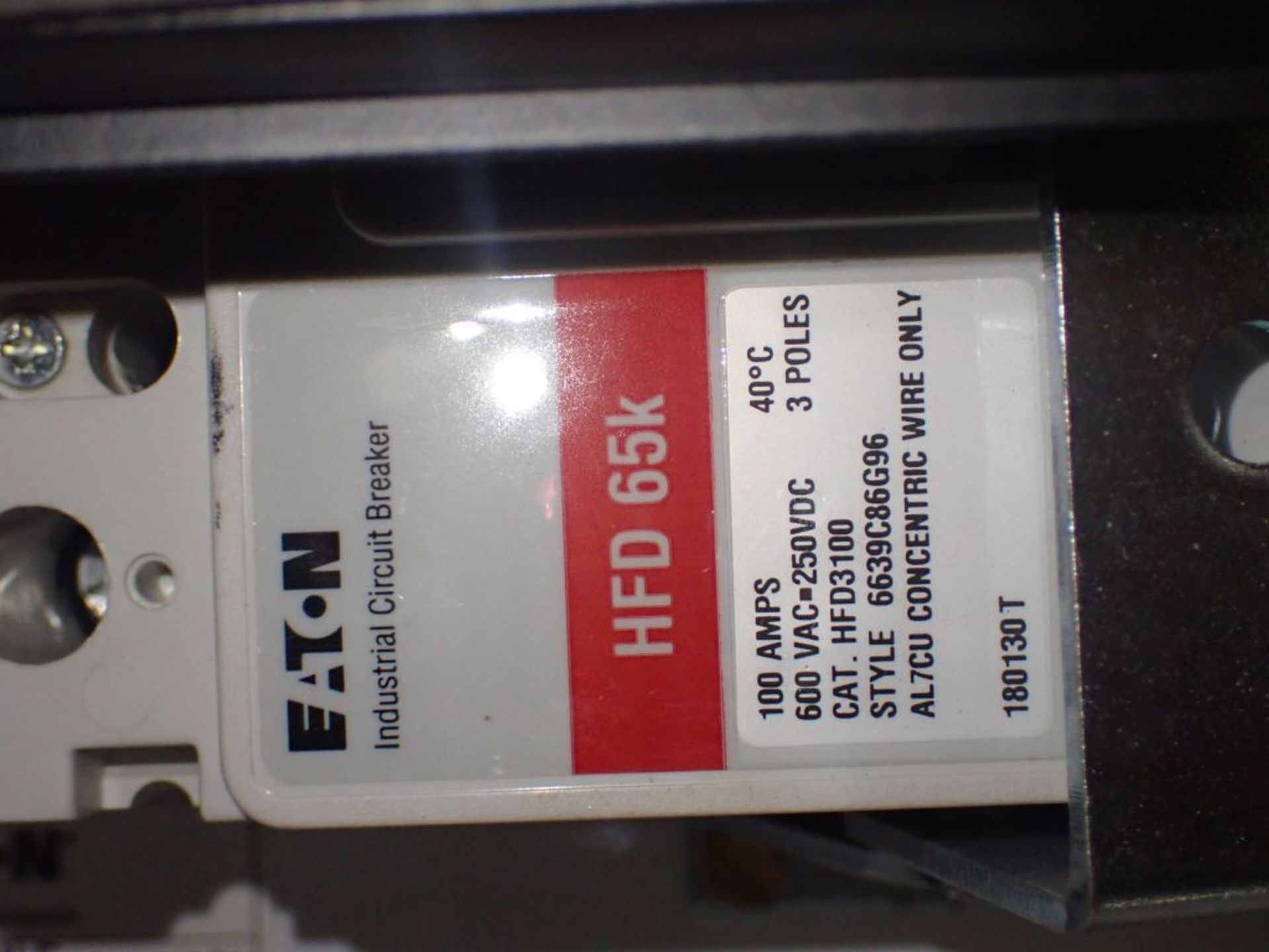 Eaton Freedom Flashgard Motor Control Center   (3) F216-15A-10HP; (1) FDRB-125A, with 150A - Image 37 of 57
