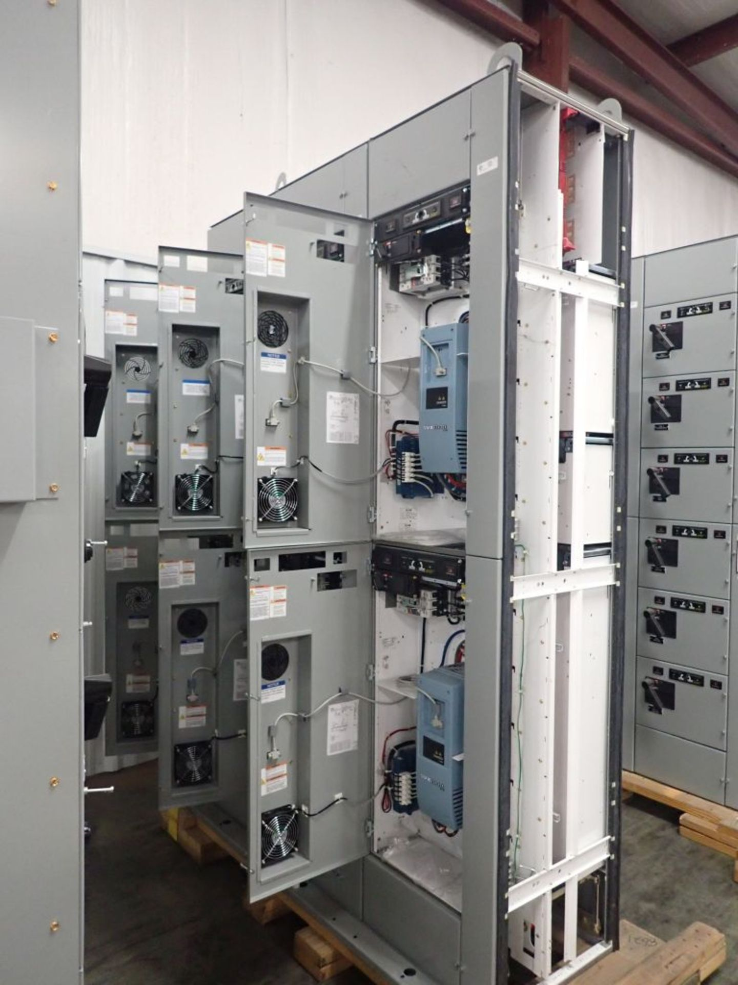 Eaton Freedom 2100 Series Motor Control Center | (2) F206-15A-10HP; (1) FDRB-250A; (1) FDRB-400A; ( - Image 5 of 104