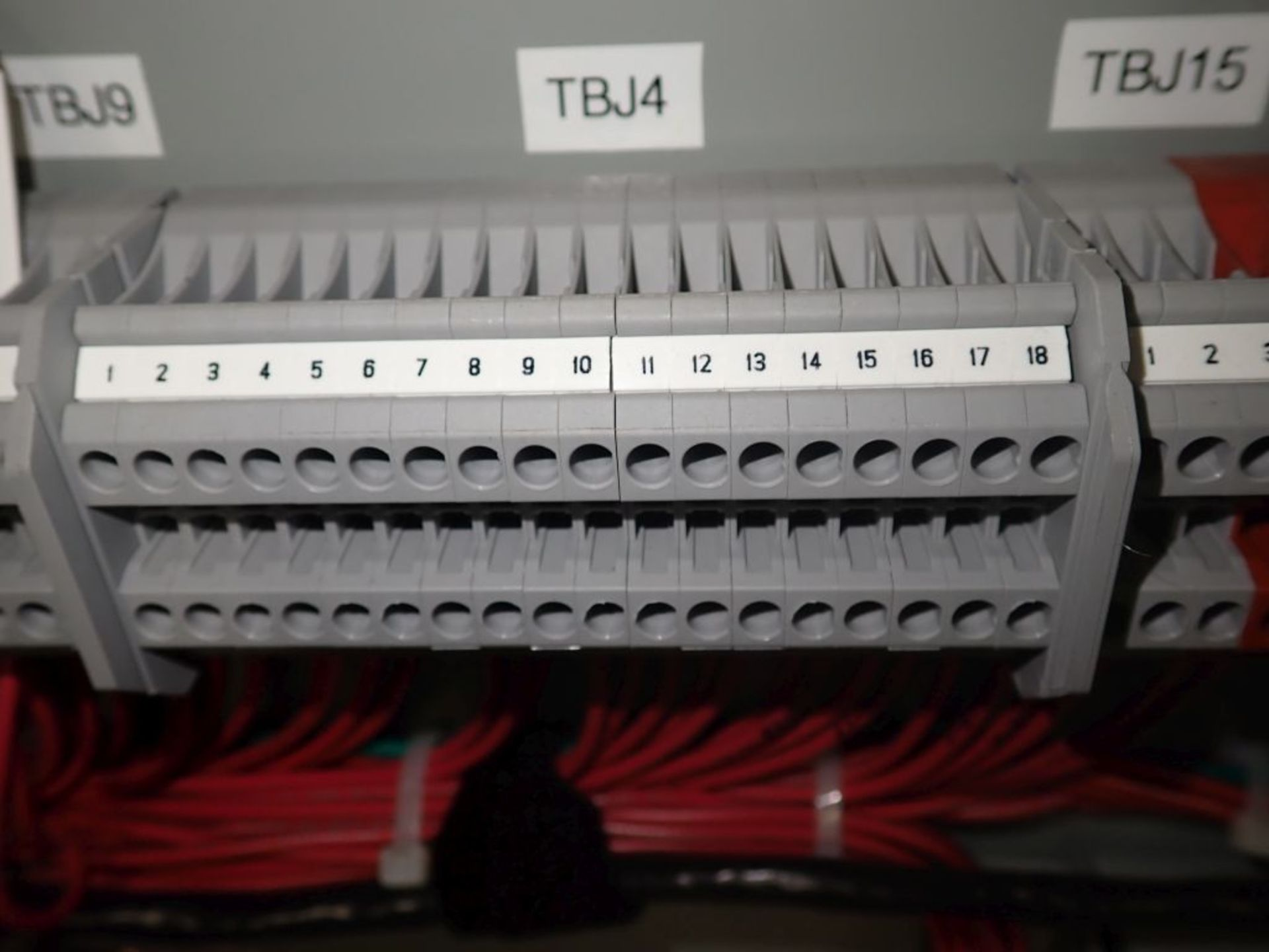 Eaton Transfer Switch | Cat No. ATV9MGB32500XSU; 480V; 3 PH; 2500A; (2) Eaton Magnum DS Circuit - Image 25 of 50