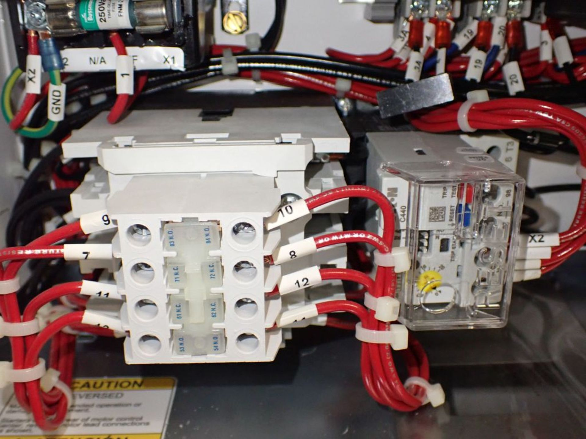 Eaton Freedom 2100 Series Motor Control Center | (11) F206-30A-10HP; (5) F206-15A-10HP; (1) SVX900- - Image 34 of 102