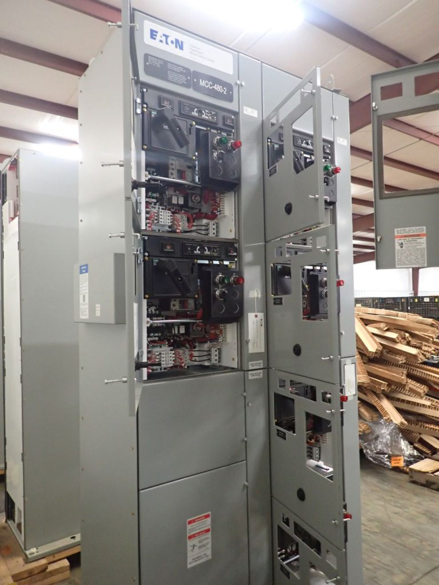 Eaton Freedom Flashgard Motor Control Center w/Components | (5) F206-15A-10HP; (4) F206-30A-10HP; ( - Image 6 of 84