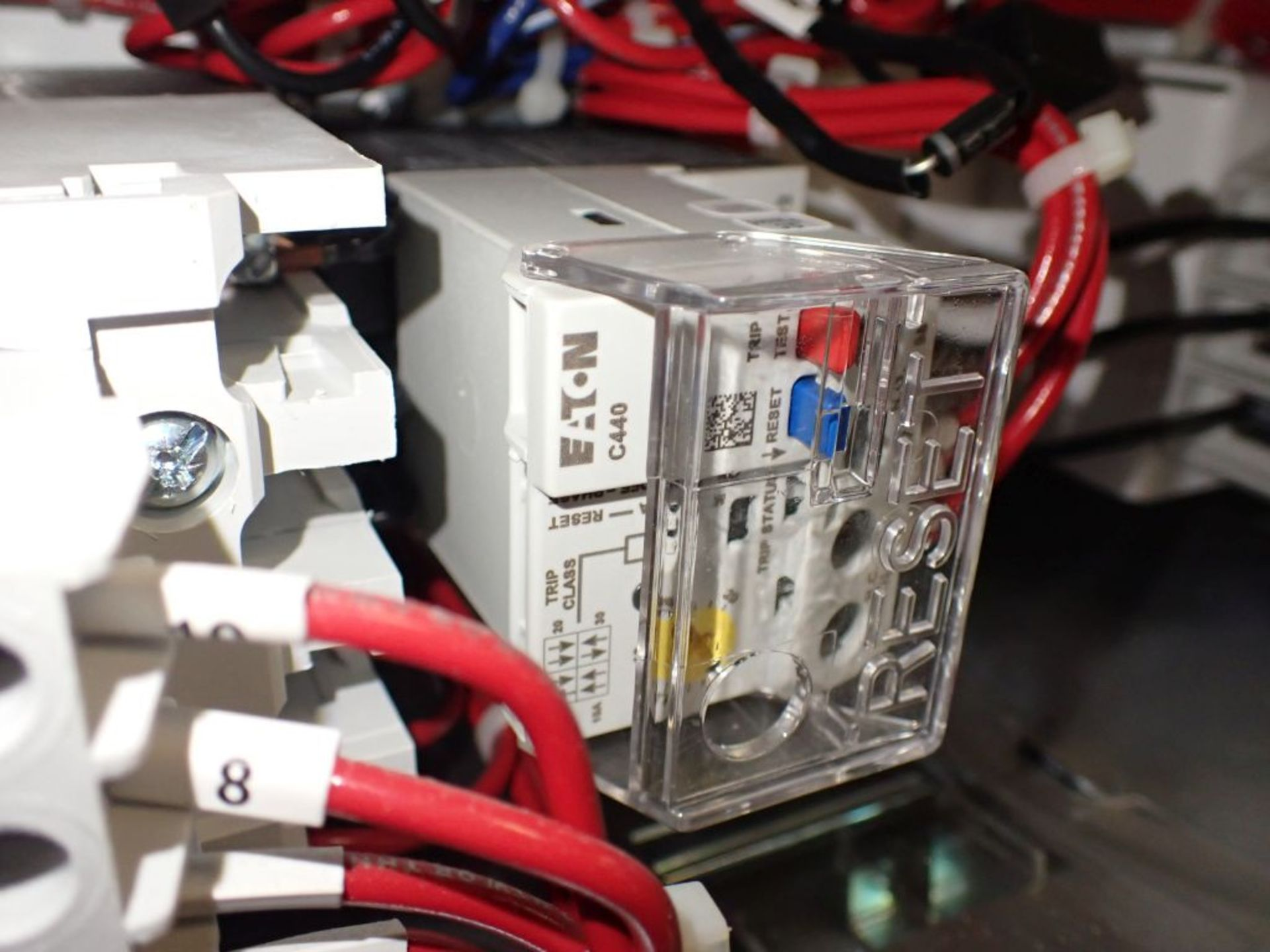 Eaton Freedom 2100 Series Motor Control Center | (11) F206-30A-10HP; (5) F206-15A-10HP; (1) SVX900- - Image 44 of 102
