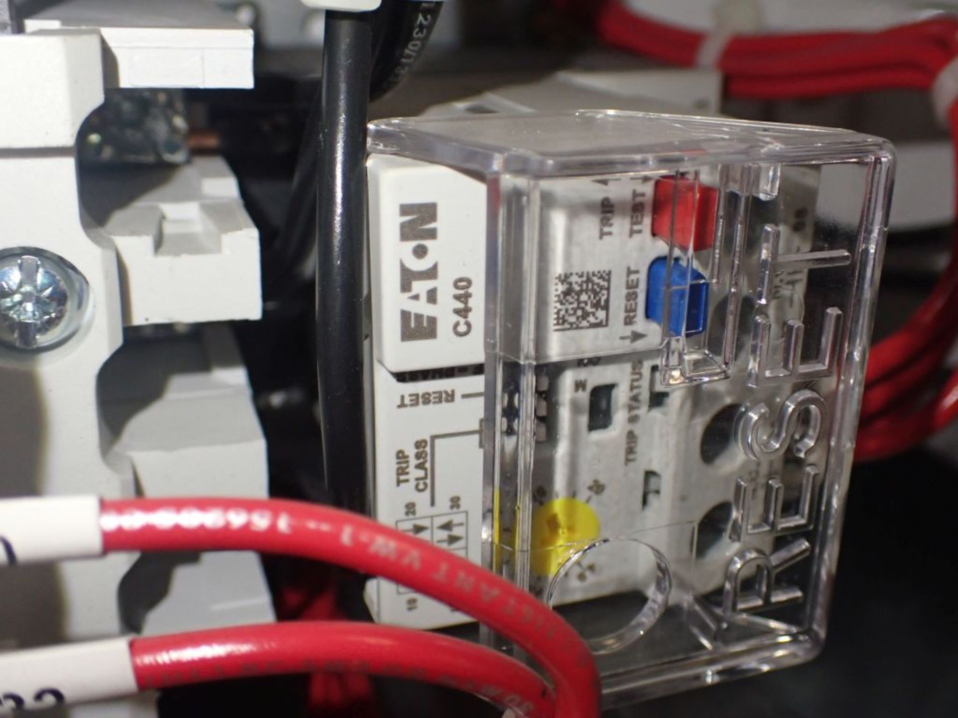 Eaton Freedom Flashgard Motor Control Center   (3) F216-15A-10HP; (1) FDRB-125A, with 150A - Image 21 of 57