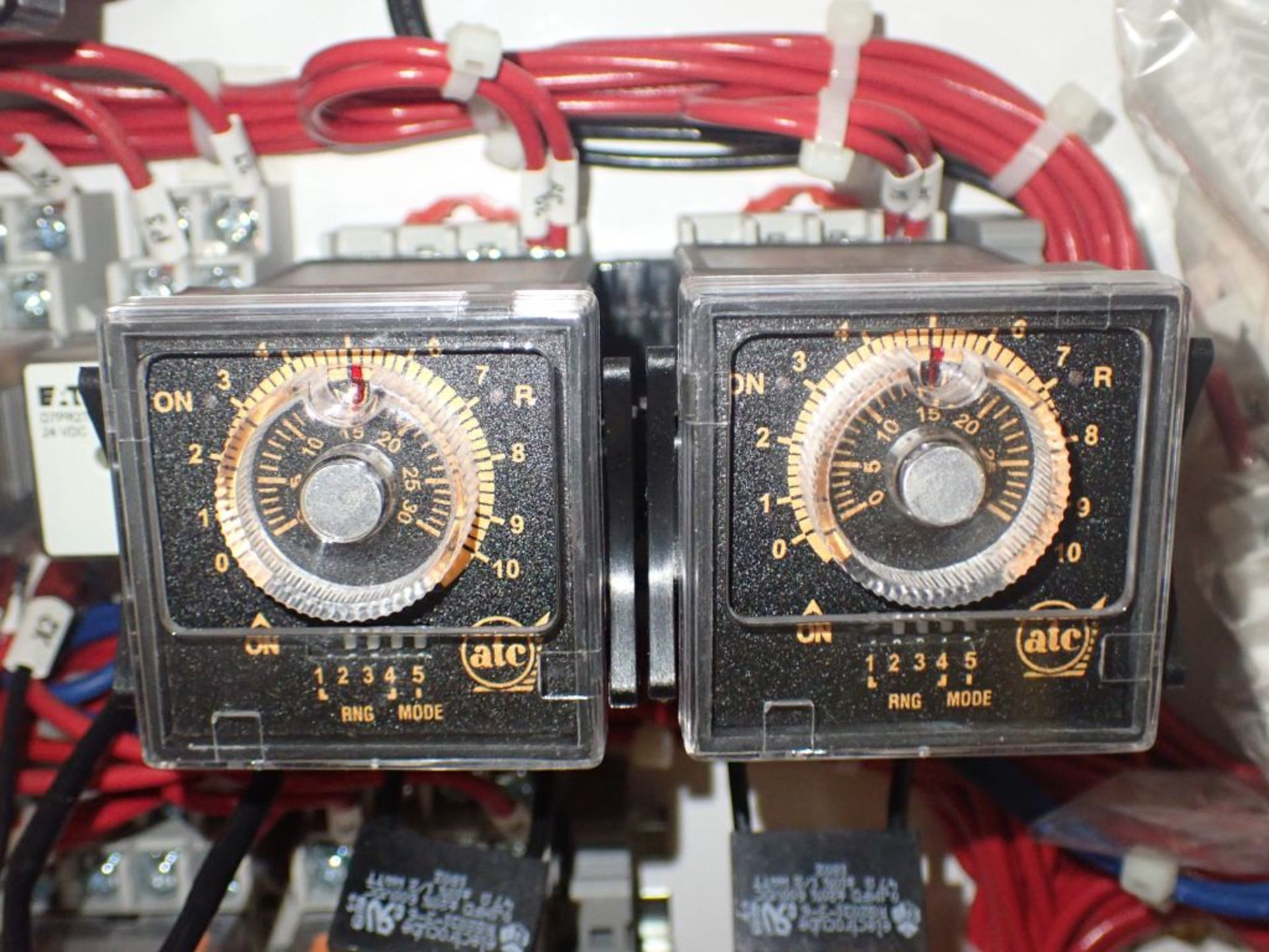 Eaton Freedom Flashgard Motor Control Center   (3) F216-15A-10HP; (1) FDRB-125A, with 150A - Image 19 of 57