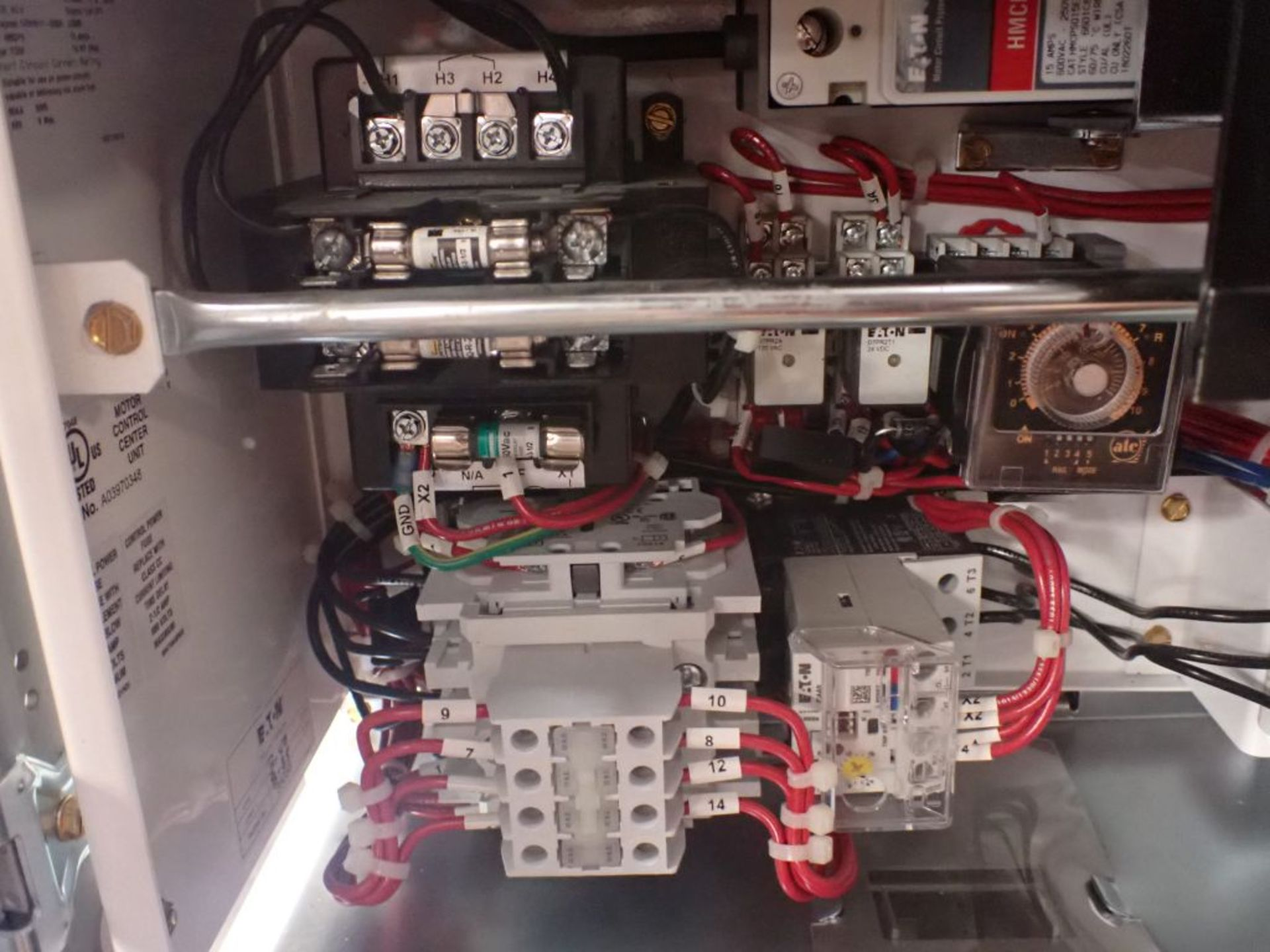 Eaton Freedom 2100 Series Motor Control Center   (2) F206-15A-10HP; (1) F206-30A-10HP; (1) FDRB- - Image 29 of 61