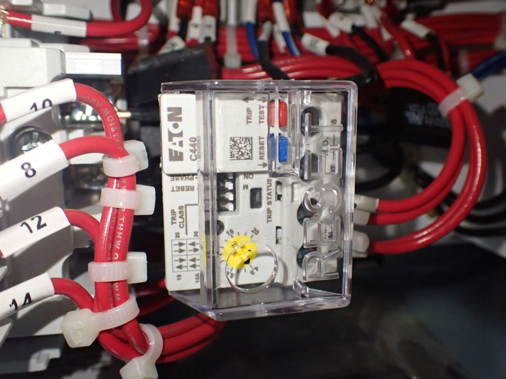 Eaton Freedom Flashgard Motor Control Center w/Components | (5) F206-15A-10HP; (4) F206-30A-10HP; ( - Image 79 of 84
