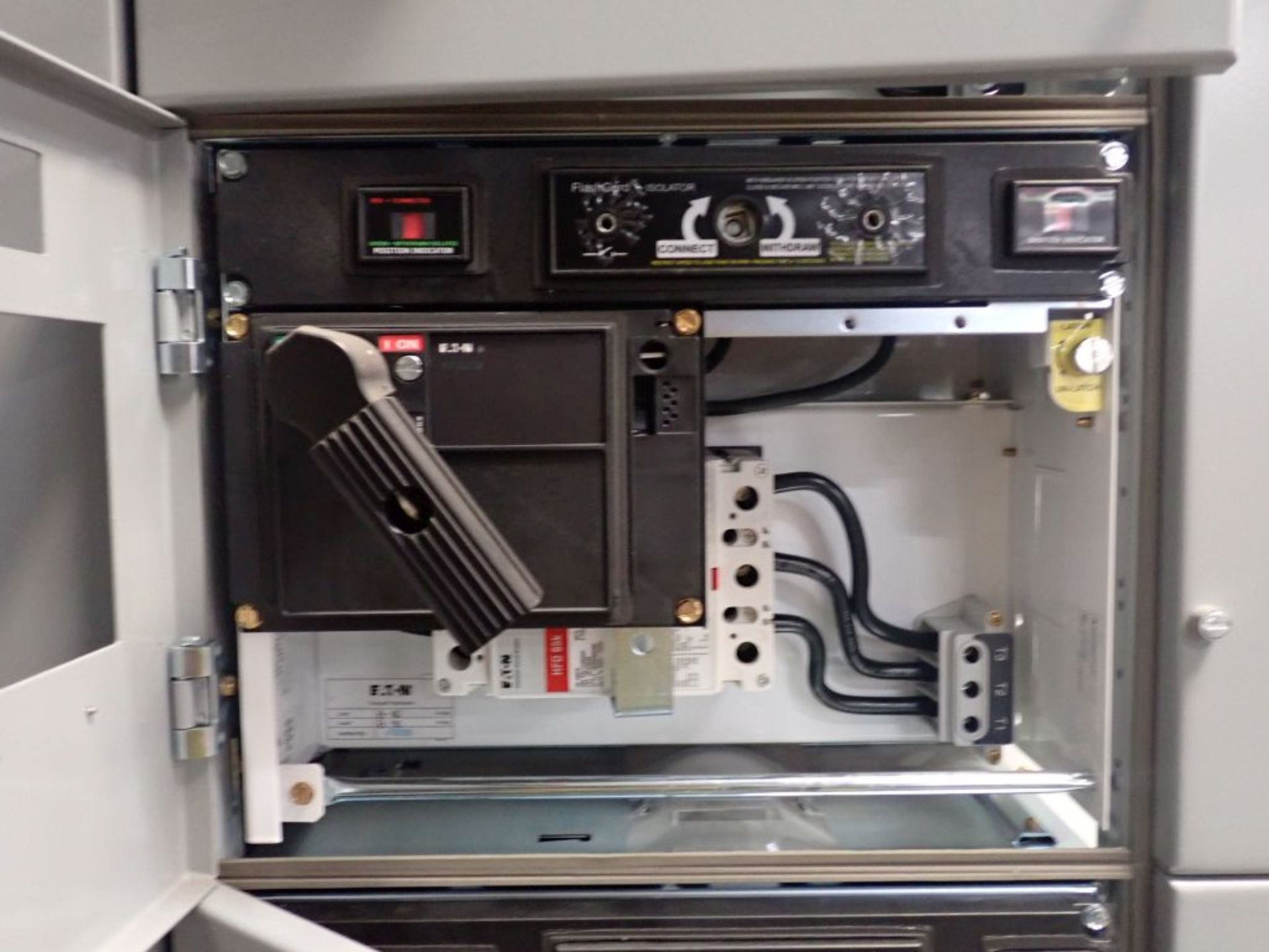 Eaton Freedom Flashgard Motor Control Center   (3) F216-15A-10HP; (1) FDRB-125A, with 150A - Image 45 of 57