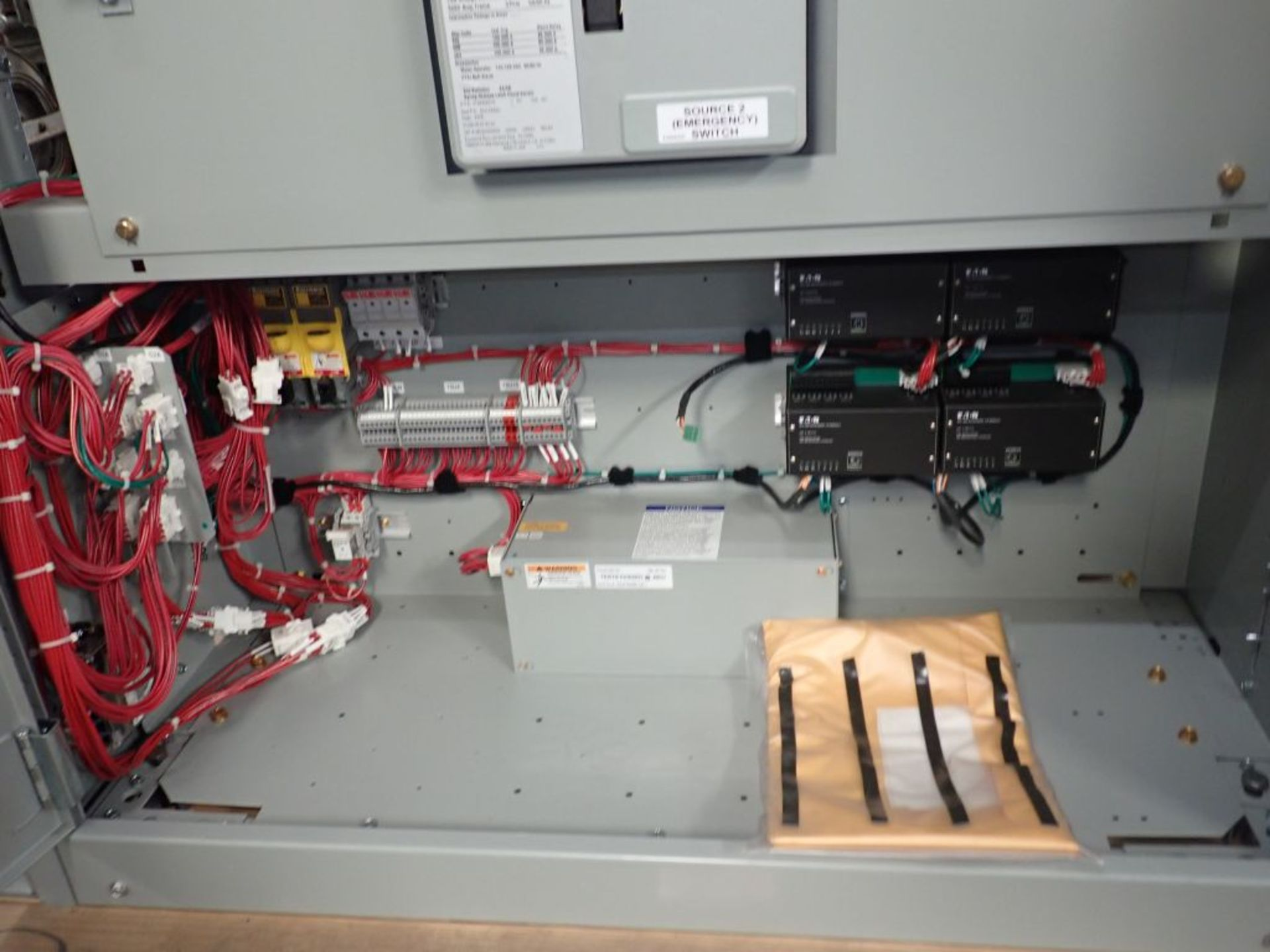 Eaton Transfer Switch | Cat No. ATV9MGB32500XSU; 480V; 3 PH; 2500A; (2) Eaton Magnum DS Circuit - Image 20 of 50
