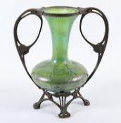 JUGENDSTILVASE, grün getöntes Glas, lüstrierende Oxidaufdampfungen, besch.,LOETZ,