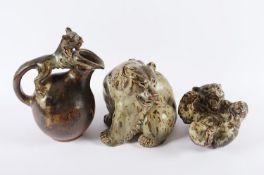 <de>ZWEI BÄREN, Keramik, grau-braun glasiert, H bis 18,5, Entwurf Knud KYHN (1880-1969), beigegeben